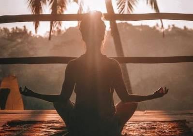 La méditation peut aider